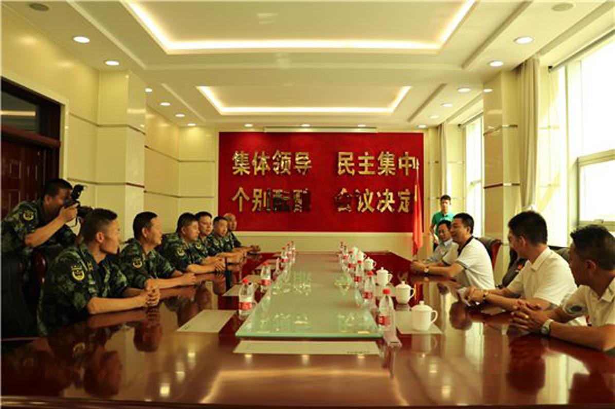 慰问新疆边防战士活动_图18